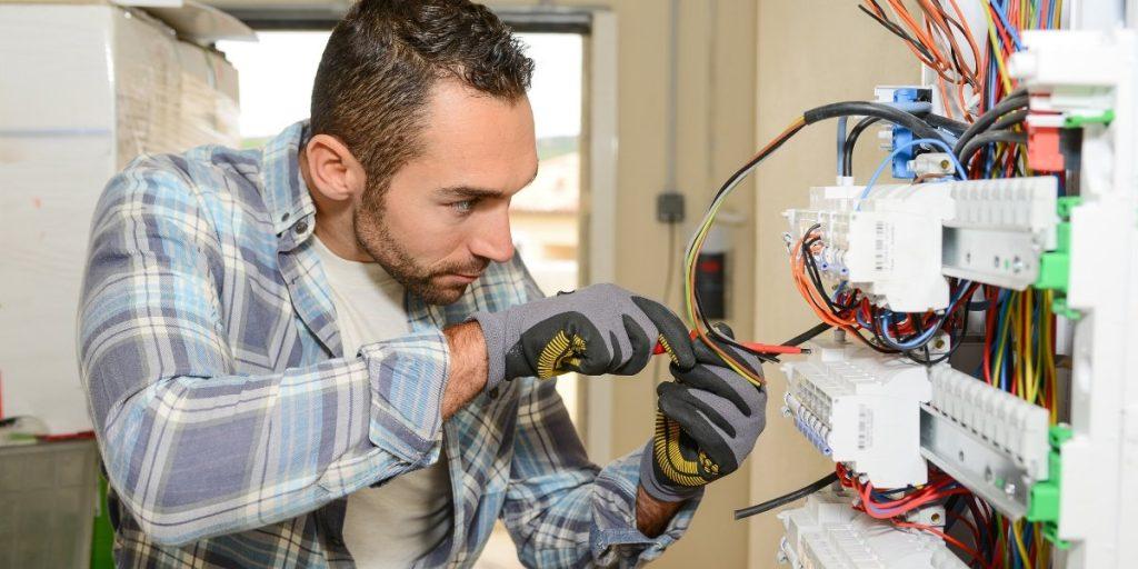 Commercial Electricians